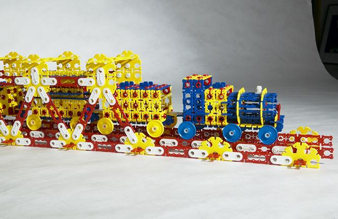 Till-Toy Spielzeugmodell Eisenbahn